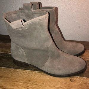SOLE SOCIETY Natasha Bootie Brand new Size 8